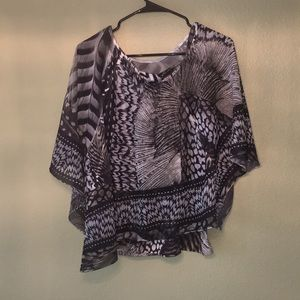 Tops - (On Sale!) Accepting Offers 2 piece Cami w Shawl